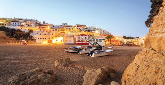 top clubs cocoon vau portim o algarve sejour portugal avec voyages auchan. Black Bedroom Furniture Sets. Home Design Ideas