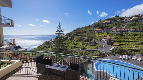 tmpFFC4 BTOB-Hotel-do-Campo-Reception-balcony-500x280px
